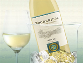WOODBRIDGE MOSCATO 2012 187ML
